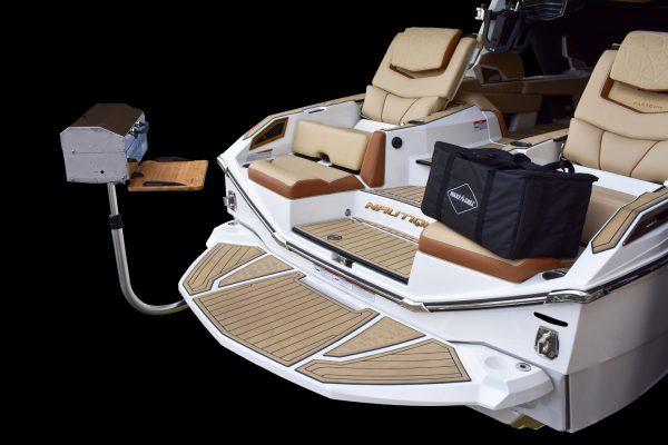 Detachable Grill for Wakeboard Boats