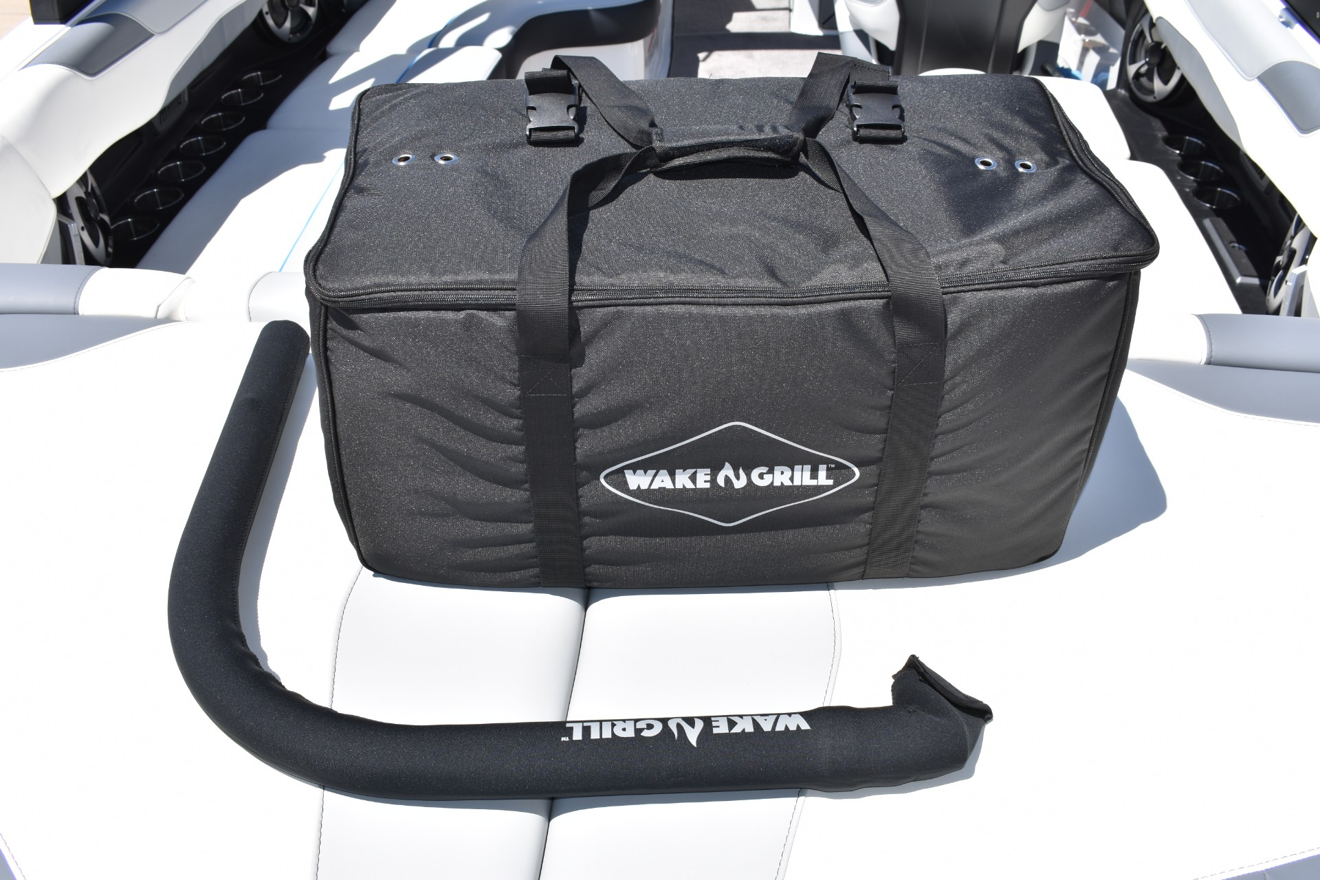 wake n grill bag and mid arm sleeve